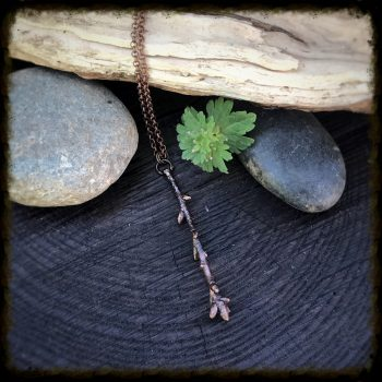 Simple Oak Branch Pendant